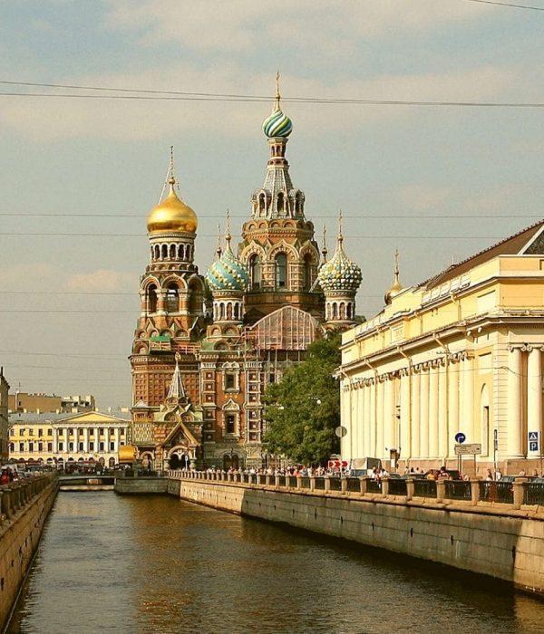 Capitales del Báltico en Barco al Completo