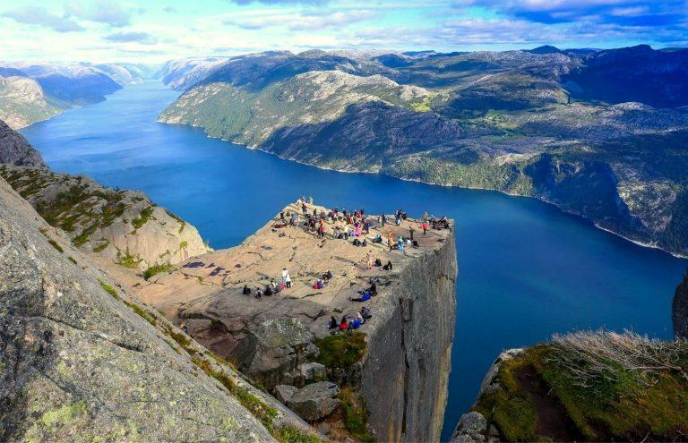 Fiordos de Noruega Clásico + Stavanger