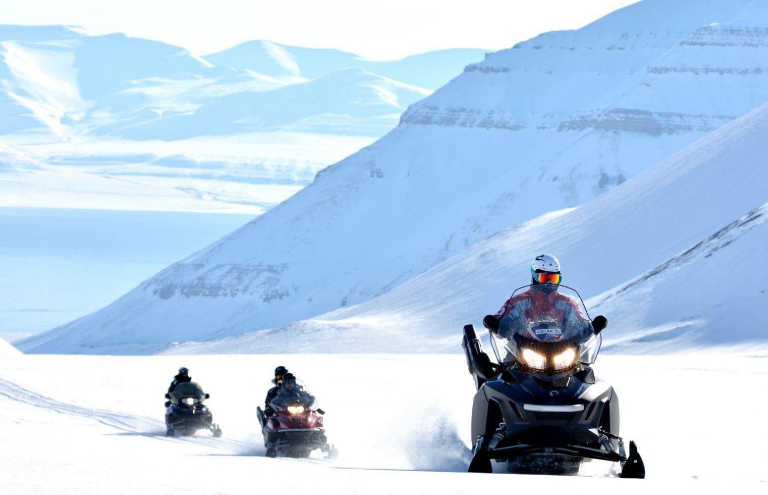 Islas Svalbard En Trineo y Motonieve