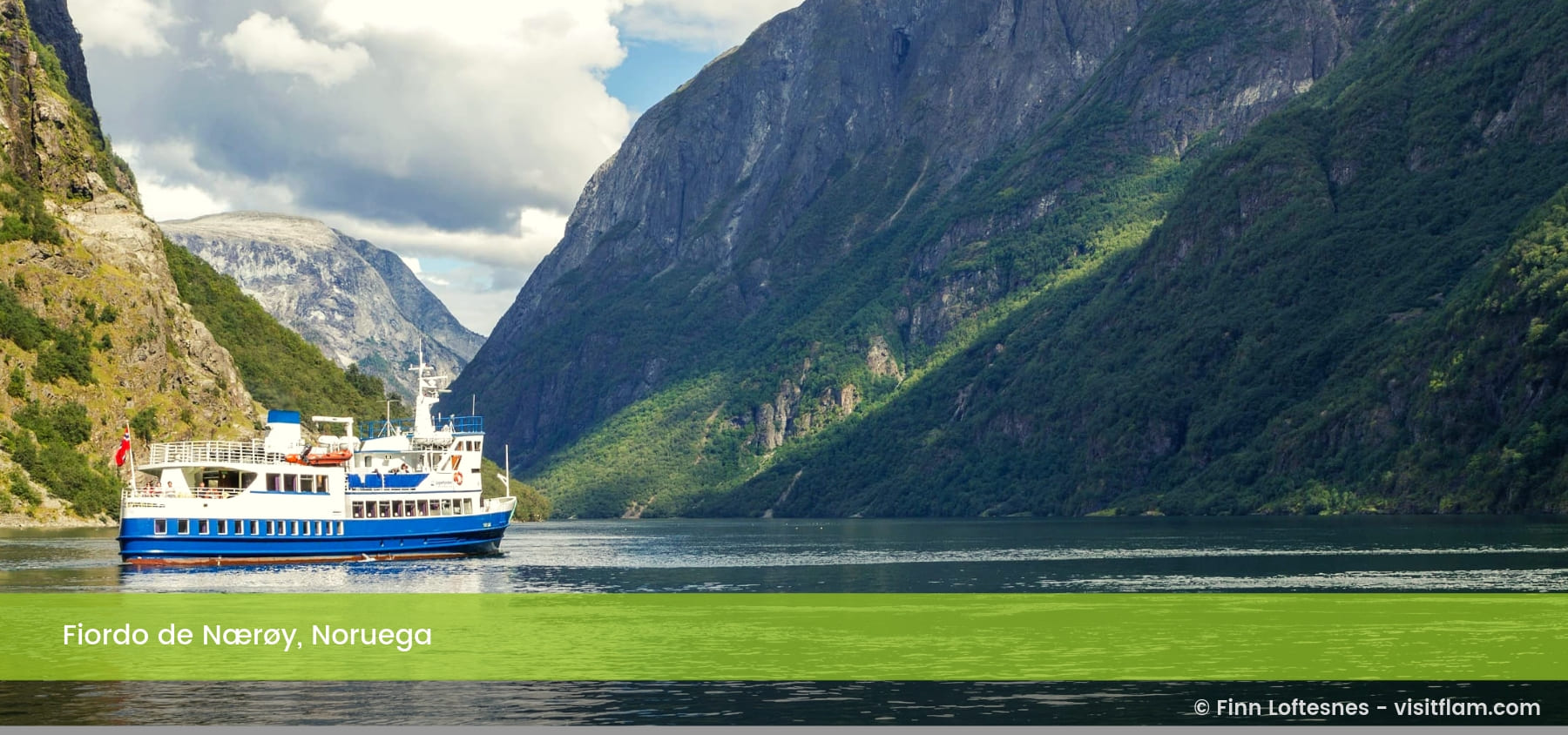 Fiordo de Nærøy Noruega