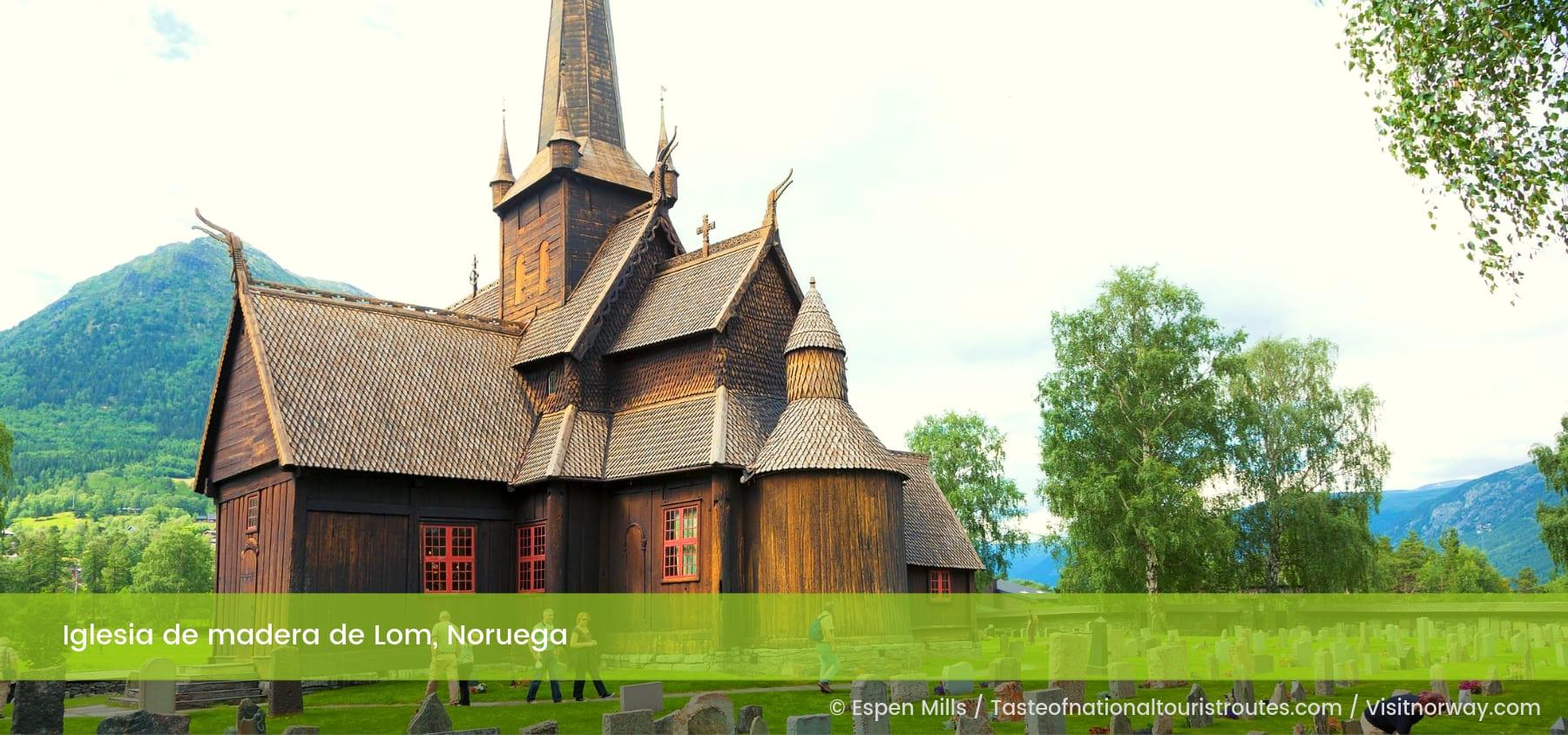 Iglesia de madera de Lom Noruega